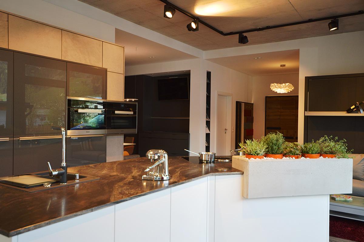 bilder und inspirationen unserer arbeit im schauraum. Black Bedroom Furniture Sets. Home Design Ideas